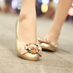 25 Stunning Womens Trendy Flat Shoes