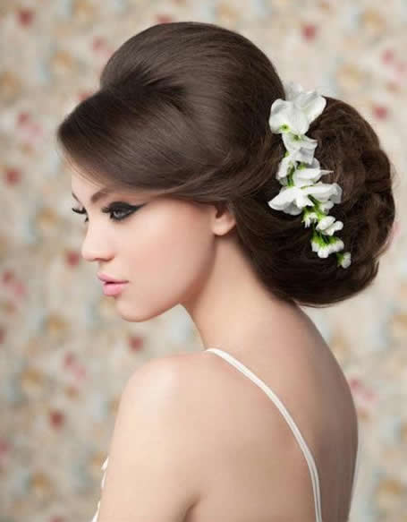40 best wedding hair styles for brides wedding hair style for long hairs urmus Gallery