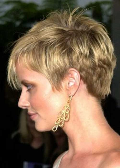 25 Best Short Haircuts For Women