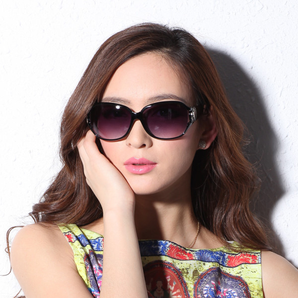 Gorgeous-Girls-Summer-Wear-Sunglasses-Collection-2015-2