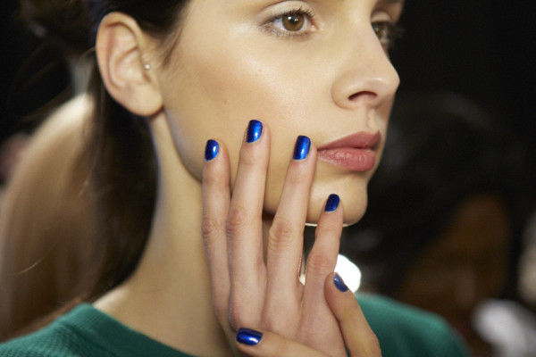 Blue-nail-color-trends-2015