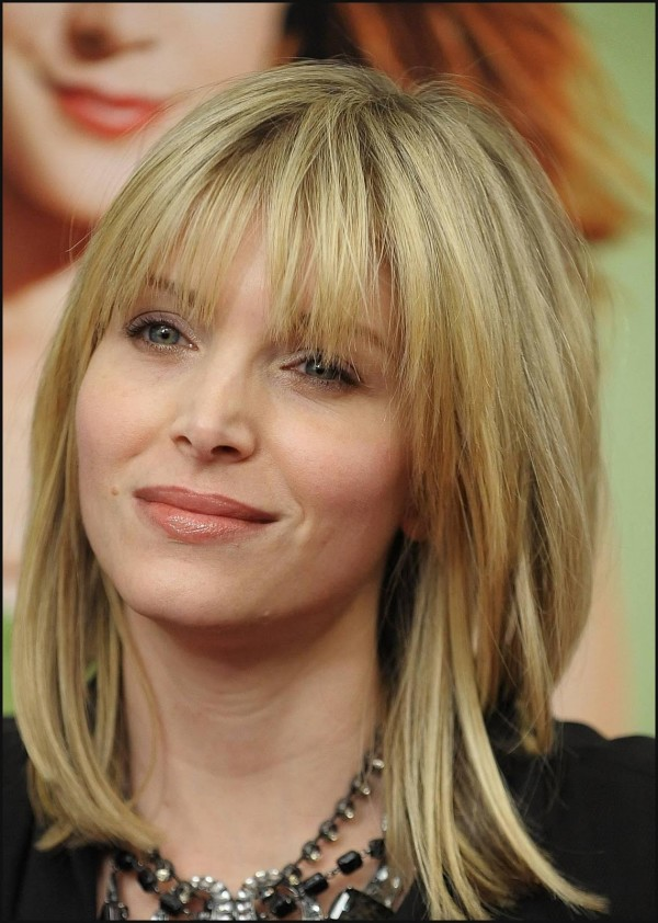 Choppy-Layered-Hairstyles-5595db259361f-Layered-Medium-Hairstyles-3