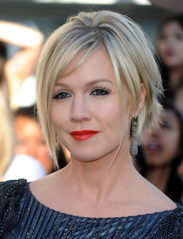Jennie-Garth-Super-Short-Messy-Cut