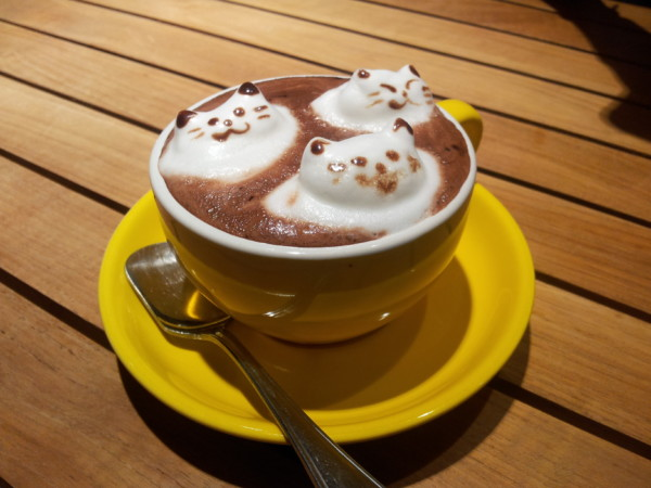 Hellow Kitten Latte Art