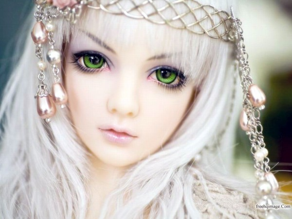 Barbie doll in green eyes with cute smile impfashion all news barbie doll in green eyes with cute smile voltagebd