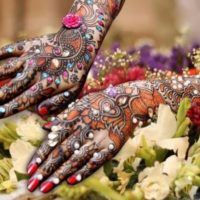 Best Back Hand Mehndi Designs Image