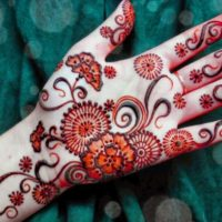Beautiful Flower Art Mehandi Design