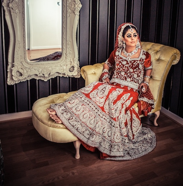 Eastern Bridal Outfit Ideas (24)