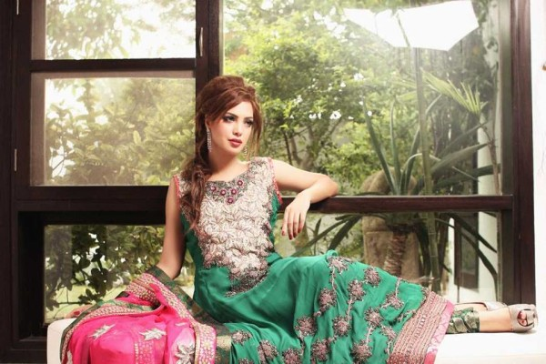 Eastern Bridal Outfit Ideas (18)