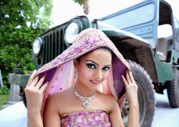 Eastern Bridal Outfit Ideas