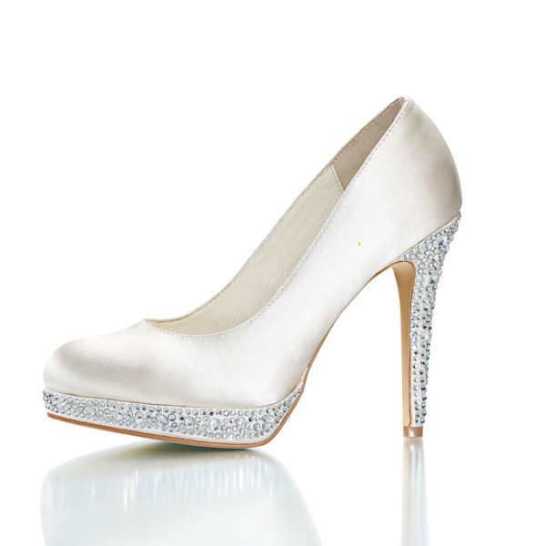 beautiful wedding shoes 45 some top level wedding shoes for brides 1618