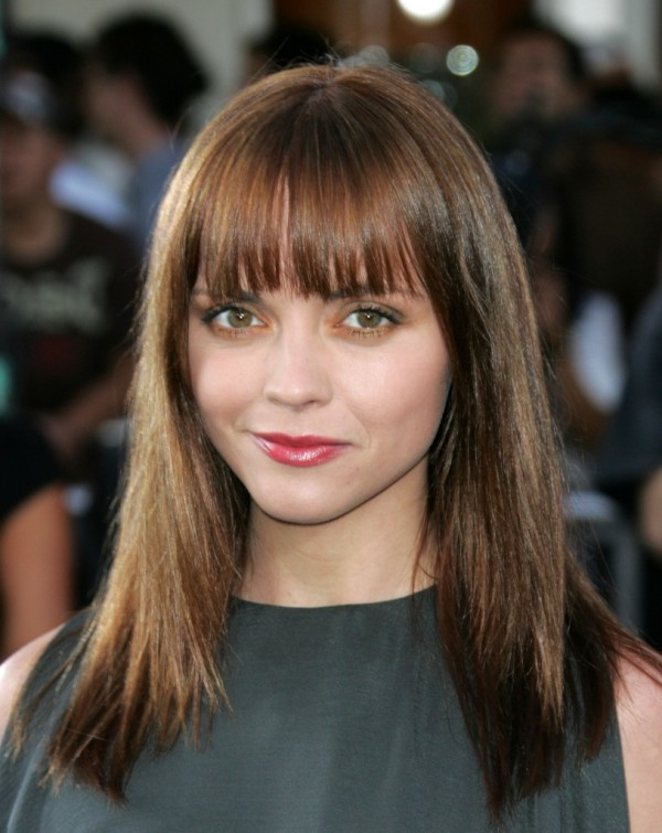Long-hairstyles-with-bangs-and-layers21