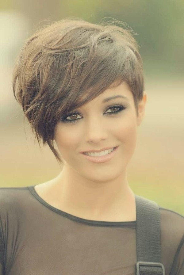 Short-Hairstyle-for-Fine-Hair-Cute-Hairstyles-for-Girls-2015