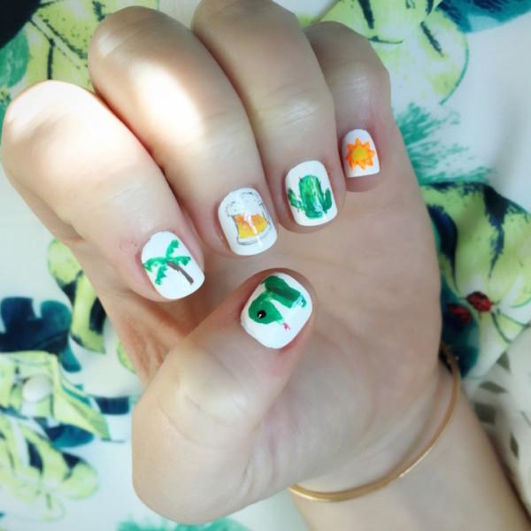 Whitney-Port-Stephanie-Stone-Coachella-Emoji-Inspired-Nail-Art-1