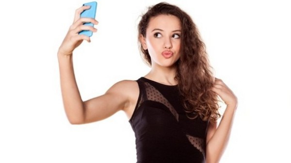 Make-up trends for the 'selfie generation