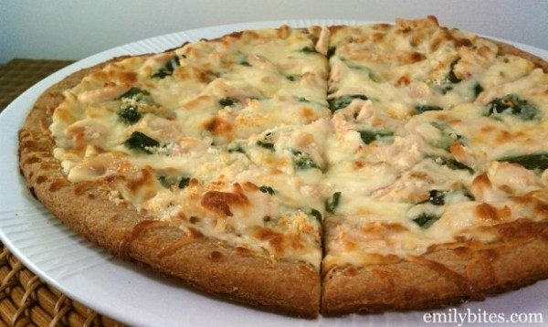 Alfredo Chicken pizza